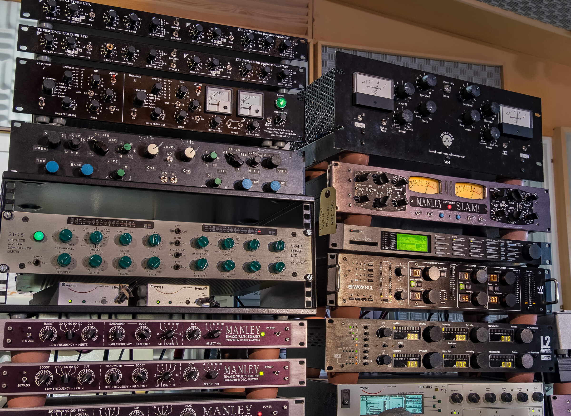 analogue mastering equipment